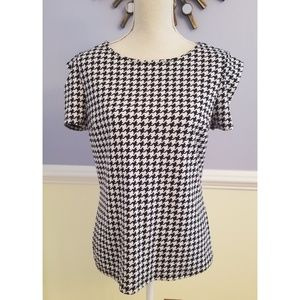 Houndstooth Pattern Short Sleeve Top